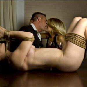 Le bondage, pratique relaxante pour le dominant